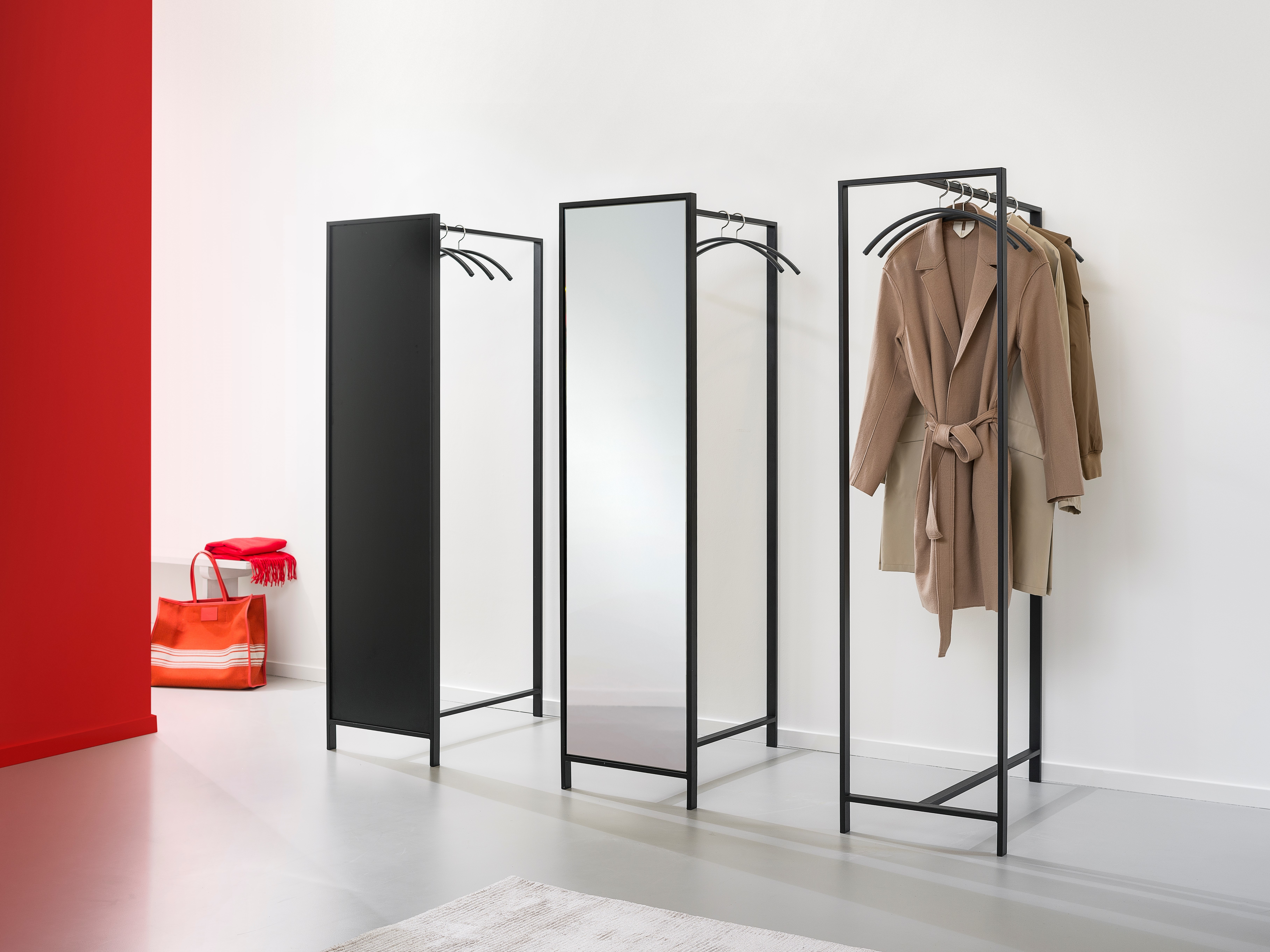 Garderobe Rekken Van Esch.The Perfect Entrance Van Esch