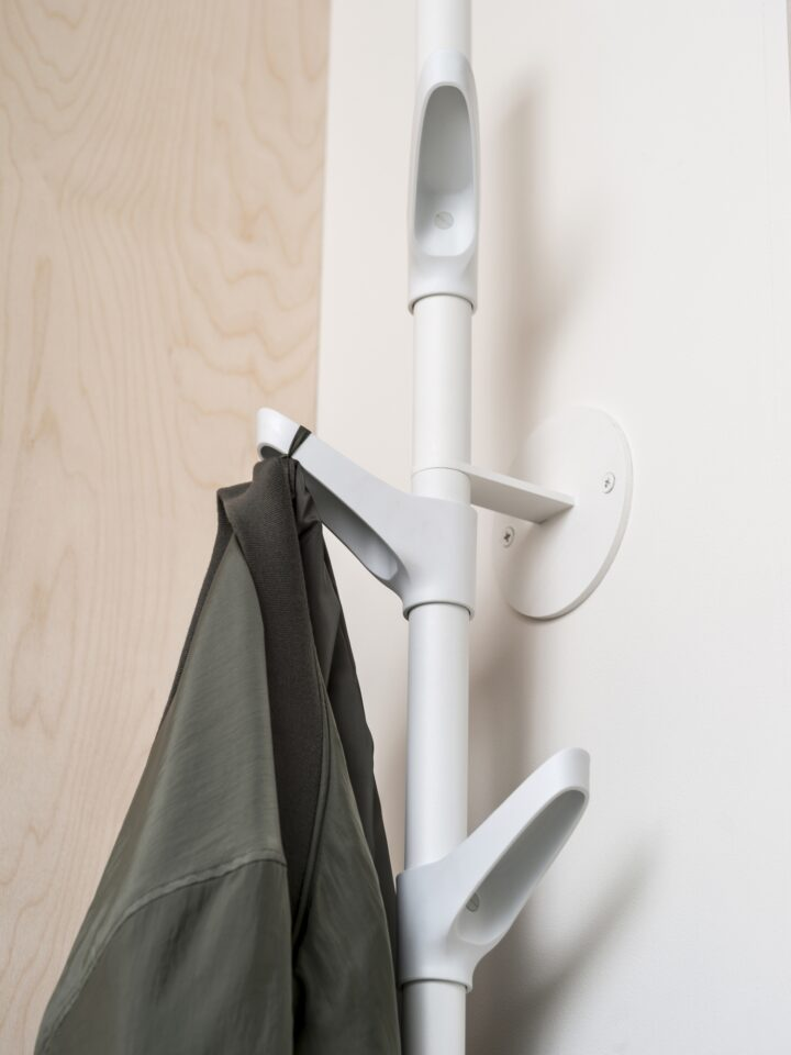 van Esch coat rack Slide W
