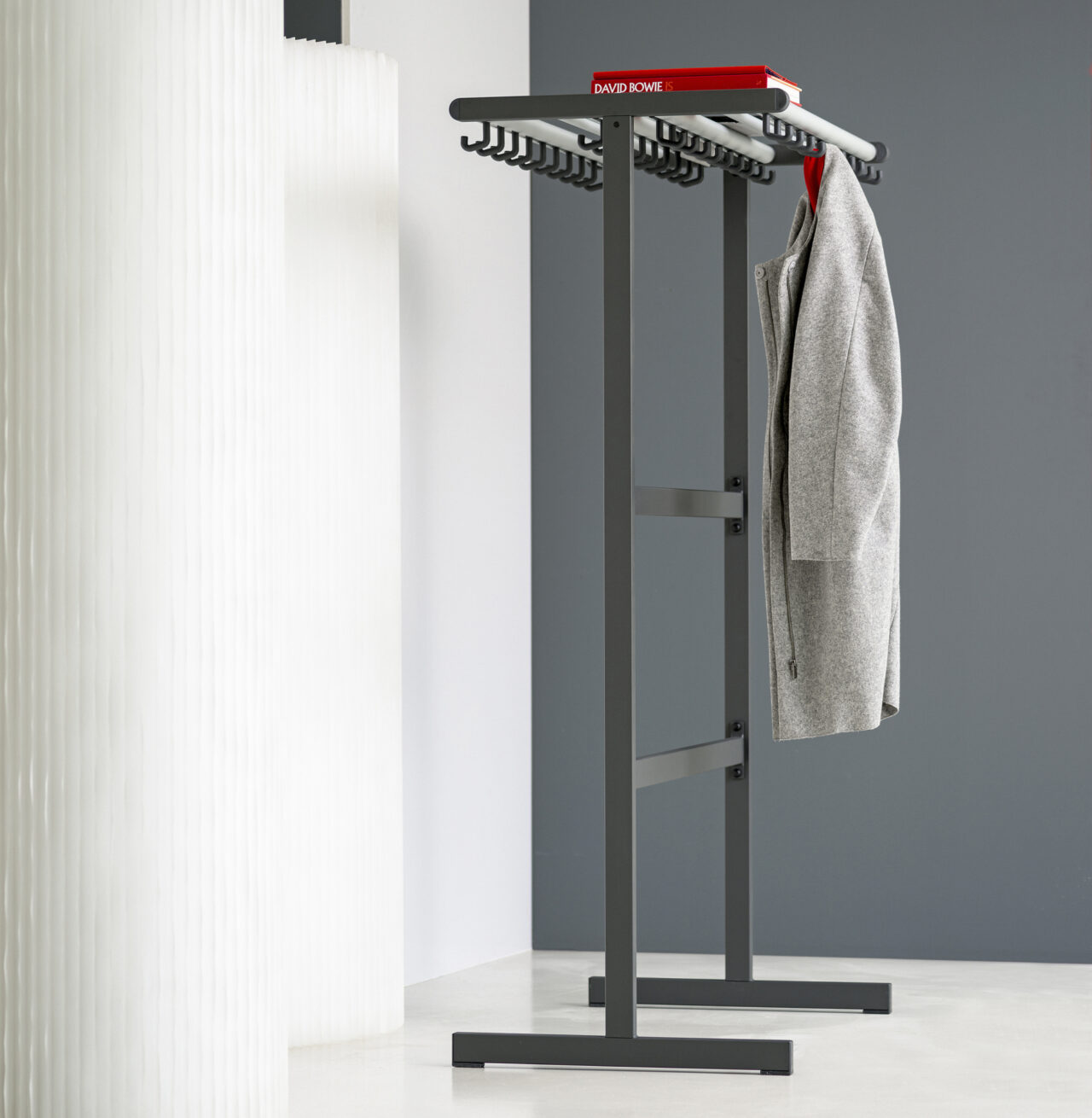 van Esch coat rack Tertio DV2