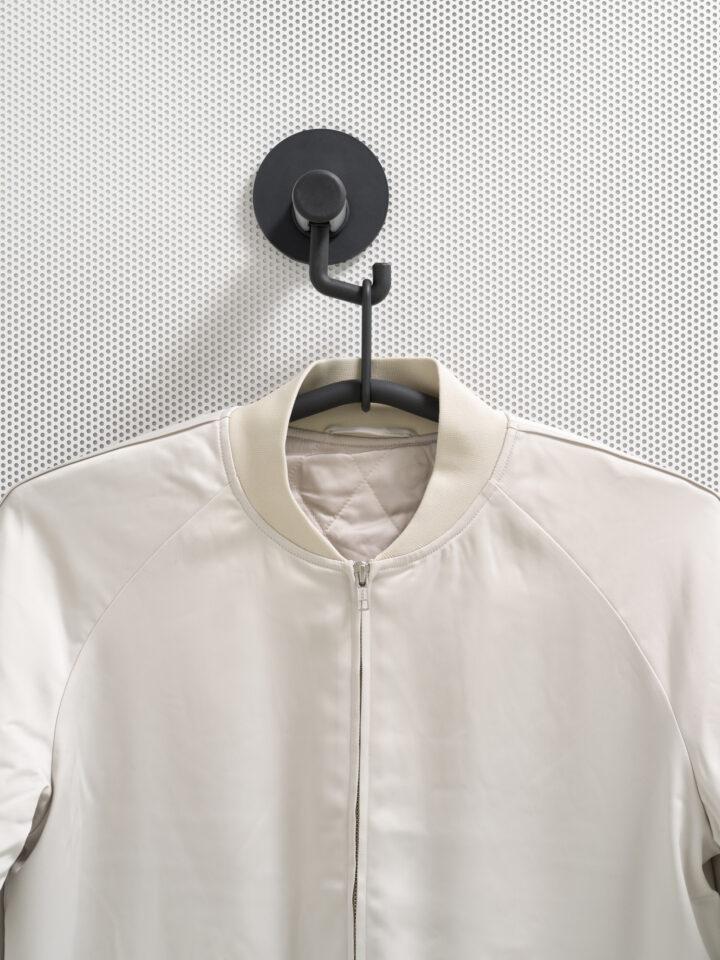 van Esch coat rack Tertio 10 Magnéfique