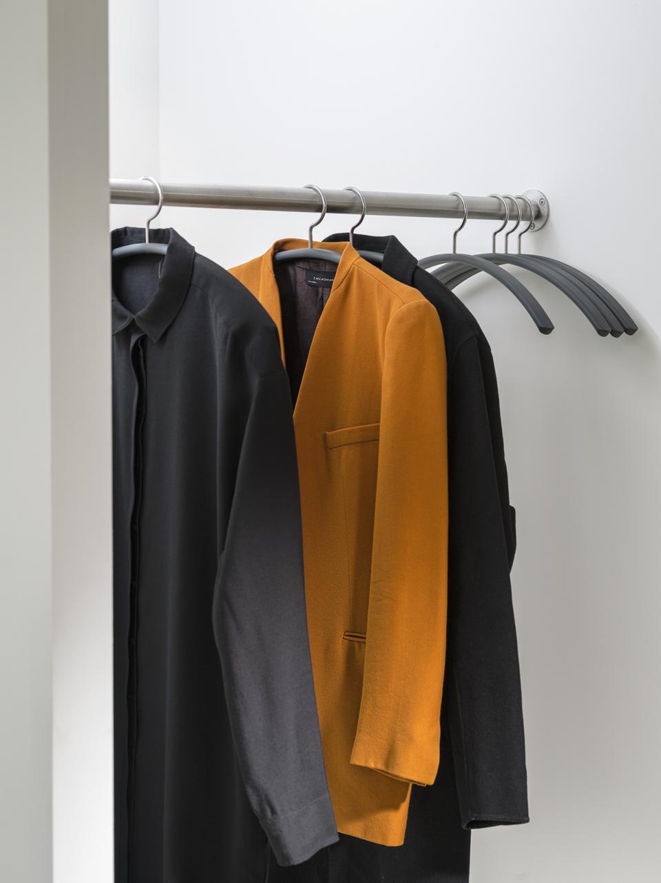 van Esch coat hanger Tubulus 100