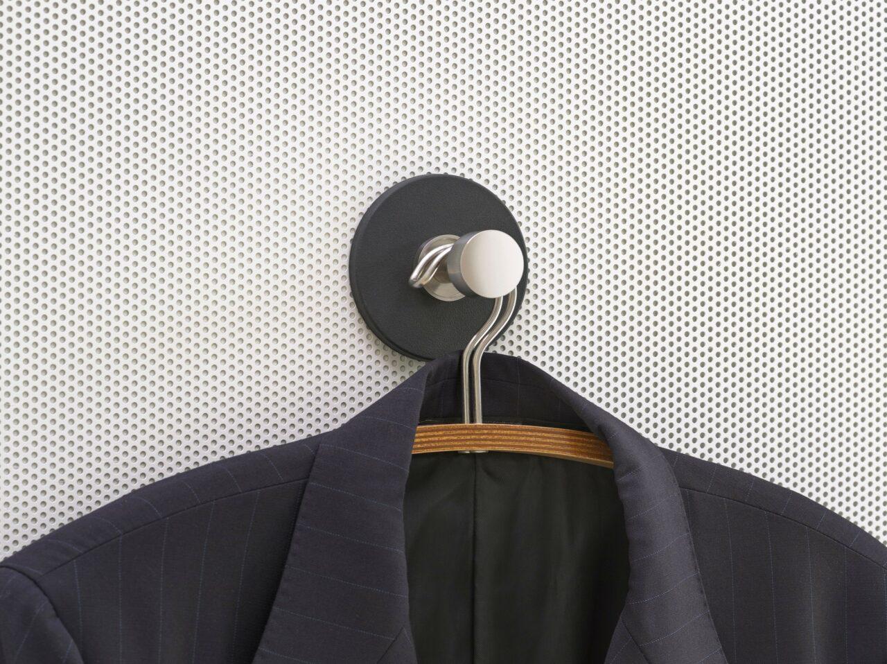 van Esch coat rack Tubulus HK Magnéfique